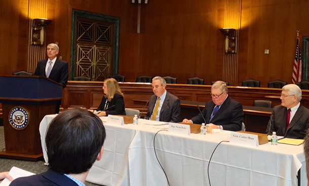Capitol Hill briefing on wildlife trafficking draws a crowd