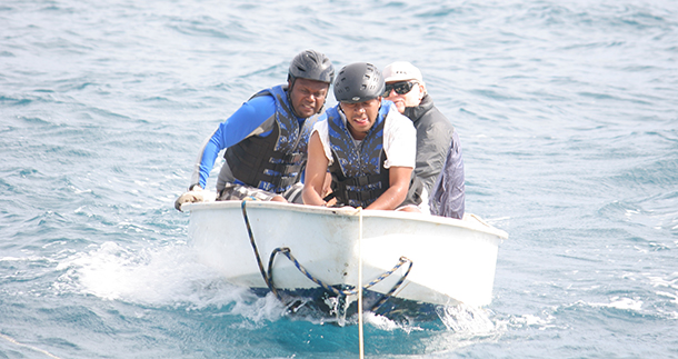 Supporting whale disentanglement and stranding team efforts in Tonga