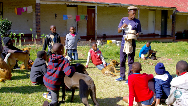 Whenever a wildlife encounter comes to the attention of the CLAW staff, it's seen as a great opportunity to do some education.