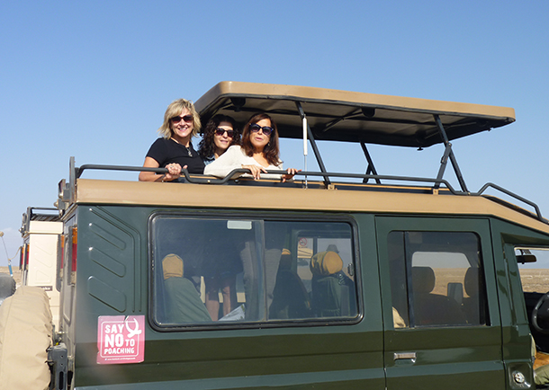Lynn Fleetwood, center, in Amboseli National Park with IFAW's Donna Gadomski (left) and Joanne Horowitz.